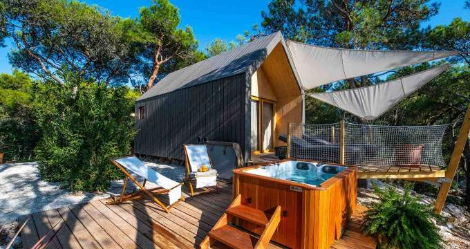 Exclusive glamping deal