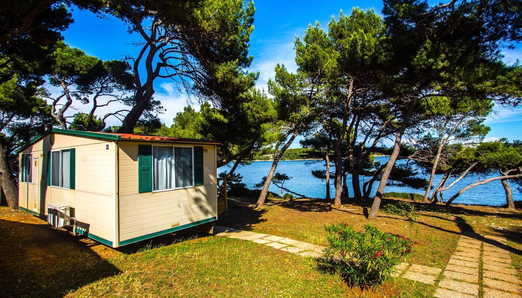 mobile homes arena stoja mobile homes pula arenacamps. Black Bedroom Furniture Sets. Home Design Ideas